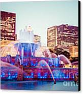 Buckingham Fountain And Chicago Skyline At Night Canvas Print by Paul Velgos