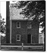 Clover Hill Tavern Guesthouse Bw Canvas Print by Teresa Mucha