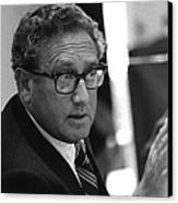 Henry Kissinger In A Meeting Following Canvas Print by Everett