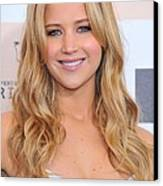 Jennifer Lawrence At Arrivals For 2011 Canvas Print by Everett