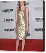 Jessica Chastain At Arrivals For I Am Canvas Print by Everett
