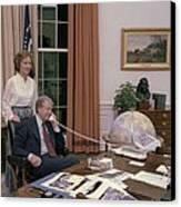 Jimmy Carter And Rosalynn Carter Canvas Print by Everett