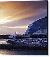 Jumeirah Beach Hotel At Sunrise Canvas Print by Jeremy Woodhouse