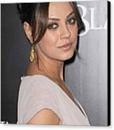 Mila Kunis At Arrivals For Black Swan Canvas Print by Everett