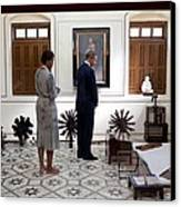 President And Michelle Obama Tour Canvas Print by Everett