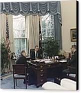 President George Bush Meets With Keys Canvas Print by Everett