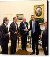 President Obama Meets With Former Canvas Print by Everett
