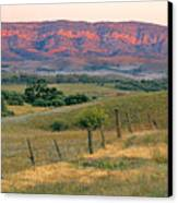 Sunset Glow On Flinders Ranges In Moralana Drive, South Australia Canvas Print by Peter Walton Photography