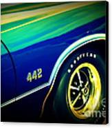 The Muscle Car Oldsmobile 442 Canvas Print by Susanne Van Hulst