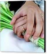 Wedding Rings Canvas Print by Carlos Caetano
