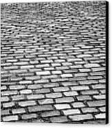 Wet Cobblestoned Huntly Street In The Union Street Area Of Aberdeen Scotland Uk Canvas Print by Joe Fox