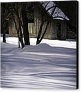 Winter Barn Canvas Print by Rob Travis