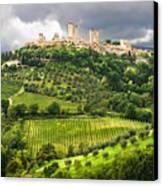 San Gimignano Tuscany Italy Canvas Print by Carl Amoth