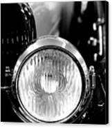1925 Lincoln Town Car Headlight Canvas Print by Sebastian Musial