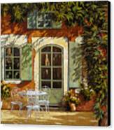 Al Fresco In Cortile Canvas Print by Guido Borelli