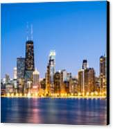 Chicago Skyline At Twilight Canvas Print by Paul Velgos