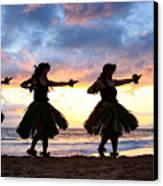 Hula At Sunset Canvas Print by David Olsen