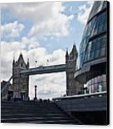 London Tower Bridge Canvas Print by Dawn OConnor