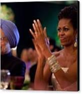 Michelle Obama Applauds Canvas Print by Everett