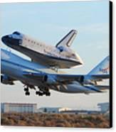 Space Shuttle Atalantis Departs Edwards Afb July 1 2007 Canvas Print by Brian Lockett