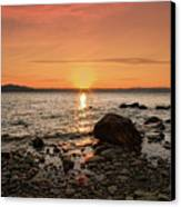 Sunset Glow Canvas Print by Alexander Mendoza