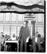 Theodore Roosevelt Speaking At National Canvas Print by Everett