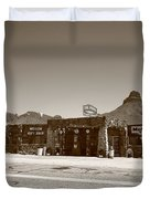 Route 66 - Cool Springs Camp Duvet Cover by Frank Romeo