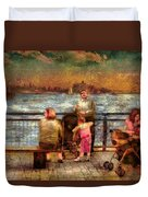 Americana - People - Jewish Families Duvet Cover by Mike Savad