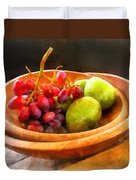 Bowl Of Red Grapes And Pears Duvet Cover by Susan Savad
