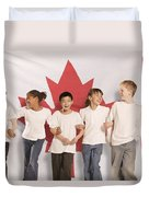 Children In Front Of Canadian Flag Duvet Cover by Don Hammond