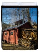Classic Vermont Maple Sugar Shack Duvet Cover by Edward Fielding