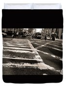 Crosswalk In New York City Duvet Cover by Dan Sproul