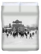 Detroit Michigan Skating At Belle Isle Duvet Cover by Anonymous