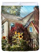 House - Westfield Nj - The Summer Retreat Duvet Cover by Mike Savad
