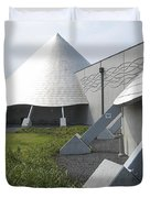 IMILOA ASTRONOMY CENTER - HILO HAWAII Duvet Cover by Daniel Hagerman