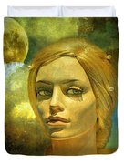 Luna In The Garden Of Evil Duvet Cover by Chuck Staley