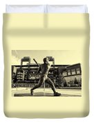 Mike Schmidt At Bat Duvet Cover by Bill Cannon