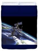 Mir Russian Space Station In Orbit Duvet Cover by Leonello Calvetti