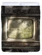 No One's Watching - Vintage Television in an old barn Duvet Cover by Gary Heller