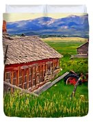 Old Homestead Near Townsend Montana Duvet Cover by Michael Pickett