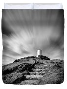 Path to Twr Mawr Lighthouse Duvet Cover by Dave Bowman
