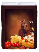 Spaghetti Pasta With Tomatoes And Garlic Duvet Cover by Amanda And Christopher Elwell