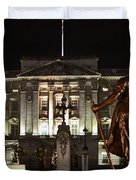 Statues View Of Buckingham Palace Duvet Cover by Terri  Waters
