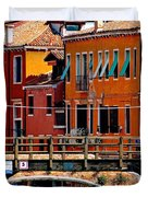 The Painters Eye In Venice Duvet Cover by Ira Shander
