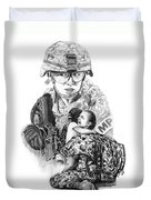 Tour Of Duty - Women In Combat Le Duvet Cover by Peter Piatt