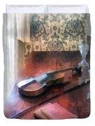 Violin On Credenza Duvet Cover by Susan Savad