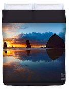 Wet Paint - Sunset In Oregon Duvet Cover by Jamie Pham