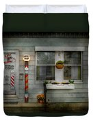 Barber - Belvidere Nj - A Family Salon Duvet Cover by Mike Savad