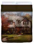 Cottage - Westfield Nj - The Country Life Duvet Cover by Mike Savad