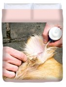 Dog Grooming Duvet Cover by Photo Researchers, Inc.